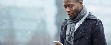 keep your phone safe in the cold